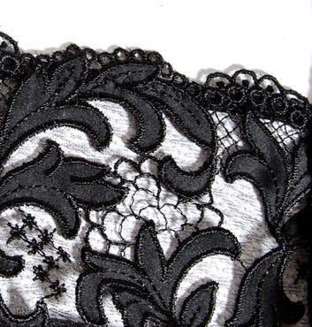 Acanthe Guipure, Eprise de Lise Charmel
